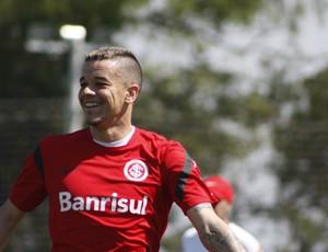 D'Alessandro meia Inter (Foto: Diego Guichard/GLOBOESPORTE.COM)
