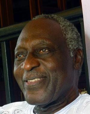 Poeta ganês Kofi Awoonor está entre as vítimas de ataque no Quênia (Foto: Kofi Anydoho/AFP)