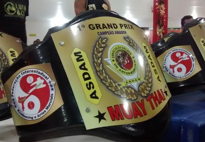 Cinturão de premiação do Grand Prix de muay thai de São Luís (Foto: Michel Sousa / GloboEsporte)