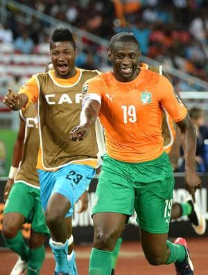 Yaya Toure comemora gol da Costa do Marfim contra o Congo (Foto: Agência AFP )