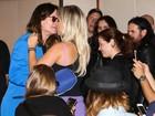 Ozzy Osbourne dá 'chega mais' em Mônica Apor durante coletiva em SP