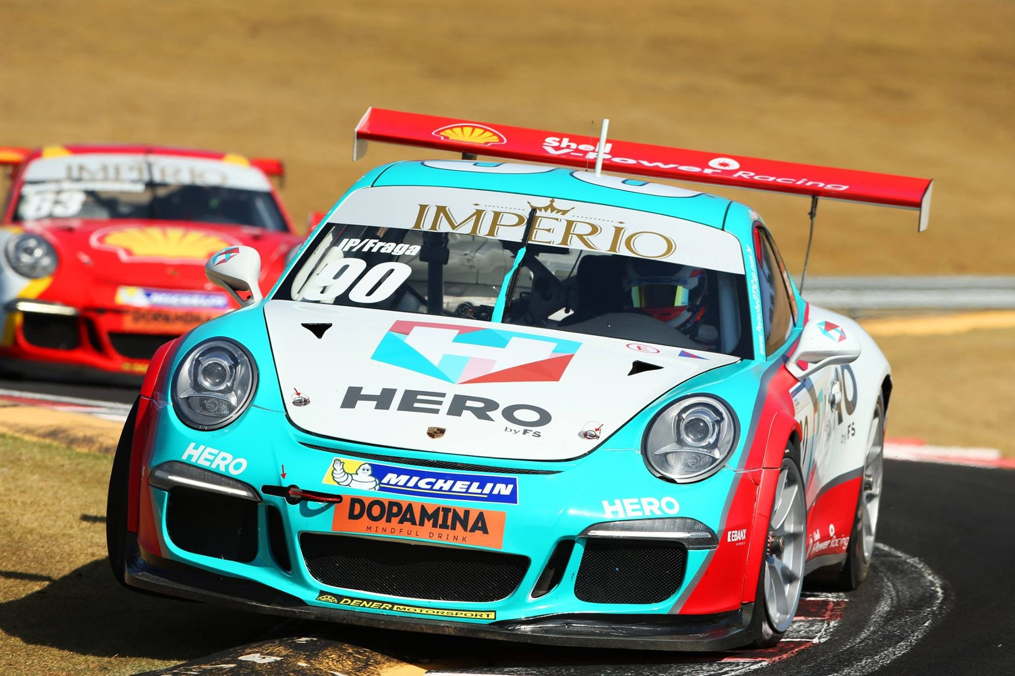 O Porsche da categoria CUP da dupla JP Mauro/Felipe Fraga #90 (Foto: Porsche Império GT3 Cup/Luca Bassani)
