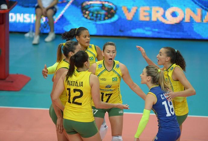 vôlei feminino Brasil x EUA (Foto  ... c2fda009a67f0