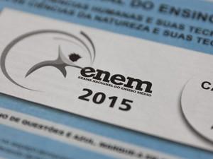 Caderno de prova do Enem 2015 (Foto: Marcelo Brandt/G1)