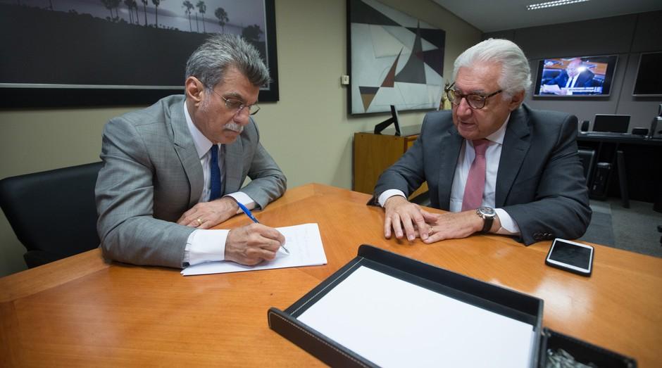 Afif e Jucá (Foto: Tiago Orihuela / Agência Sebrae)