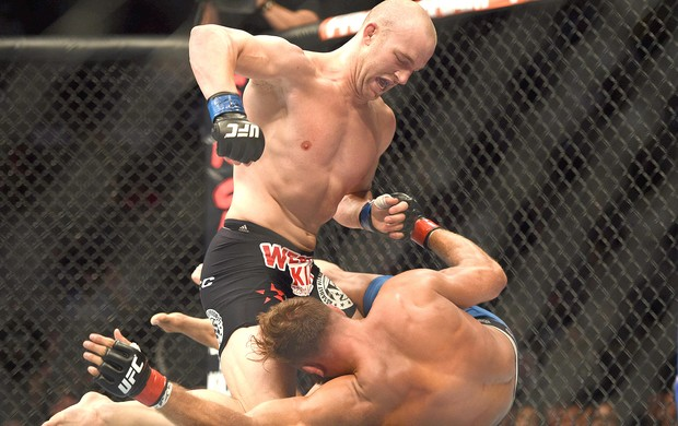 Kyle Kingsbury e Patrick Cummins luta UFC  (Foto: Reuters)