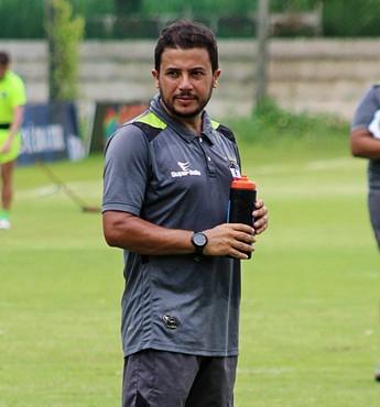 Lucas Andrade River-PI (Foto: Victor Costa/RiverAC)