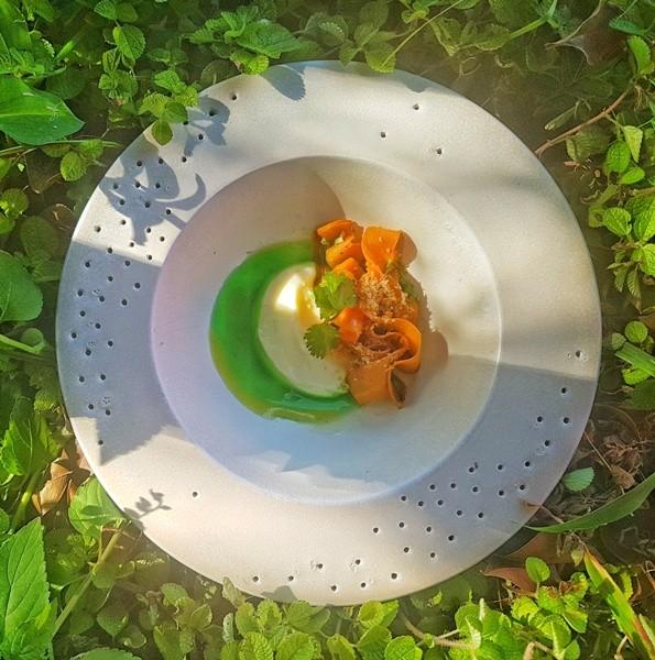 Abóbora da horta, requeijão, crocante e coentro está no menu a quatro mãos deste sábado (Foto: Divulgação)