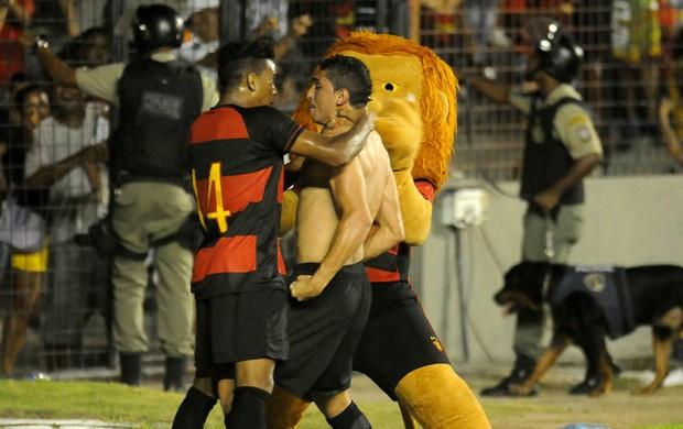 danilo sport x ceará (Foto: Aldo Carneiro / Pernambuco Press)