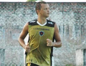 warley atacante do botafogo-pb (Foto: Lucas Barros / Globoesporte.com/pb)
