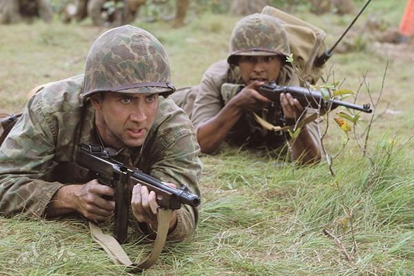 Nicolas Cage, Adam Beach em Códigos de Guerra (Foto: Divulgação)