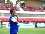 """Fábio Lopes reclama de substituição e técnico reage: """"Não joga mais comigo"""""""