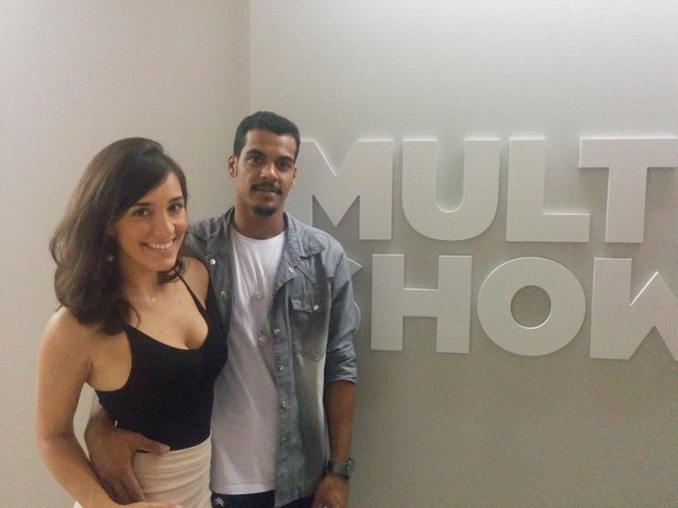 Marcelo Mello Jr. e Caroline Alves (Foto: Multishow)