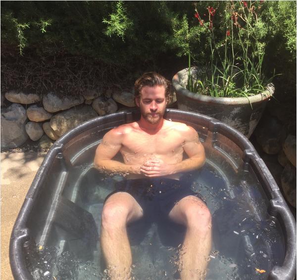 O ator Liam Hemsworth (Foto: Instagram)