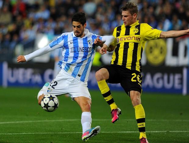 Isco e Lukasz Piszczek, Málaga x Borussia Dortmund (Foto: AFP)