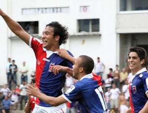 Alex Alves, do Paraná Clube, comemora (Foto: Robson Mafra/Site oficial do Paraná Clube)