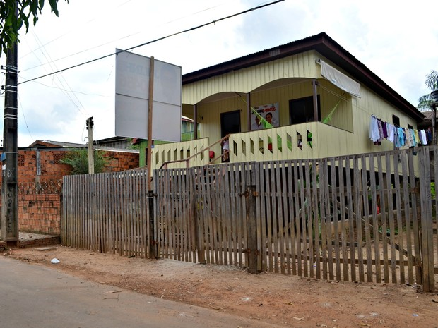 Pai da candidata Marina Silva vive em uma área de risco de enchente (Foto: Veriana Ribeiro/G1)