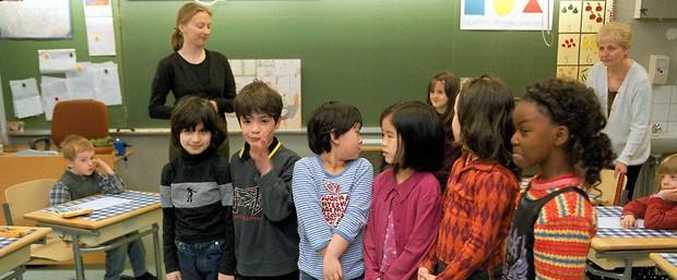 O olhar atento às necessidades de cada criança é uma das marcas do sistema finlandês (Foto: Tor Wennström/Lehtikuva/Finland Promotion Board)