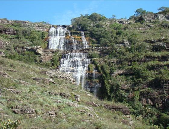 Cachoeira do rio Pedregulho, uma das belezas naturais da Escarpa (Foto: divulgação - Observatório de Justiça e Conservação)
