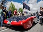 Carros movidos a energia solar chamam atenção pelo design