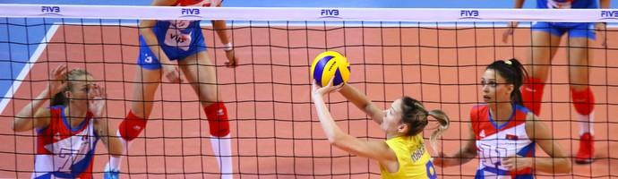 Brasil não vai bem contra a Sérvia e perde no Grand Prix feminino de vôlei (Foto: FIVB)