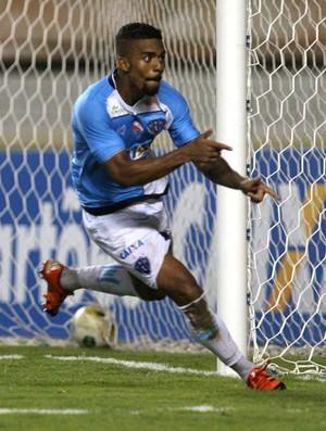Jeferson Jari e Hayner - Paysandu x Santos-AP pela Copa Verde (Foto: Akira Onuma/O Liberal)