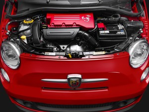 Fiat 500 Abarth (Foto: Divulgação)
