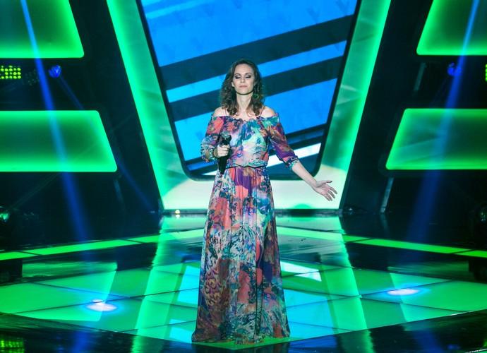 Lorena Ly brilha no palco do The Voice Brasil (Foto: Isabella Pinheiro/Gshow)