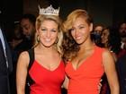 Beyoncé arrasa com vestido colado em evento pré-Super Bowl