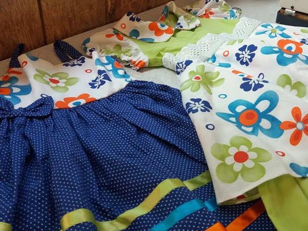 Vestidos costurados pela cearense Rita Machado, de 69 anos (Foto: Verônica Machado/Arquivo Pessoal)