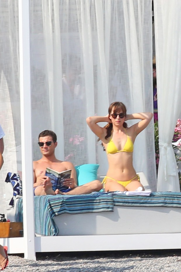 Jamie Dornan e Dakota Johnson (Foto: AKM-GSI)