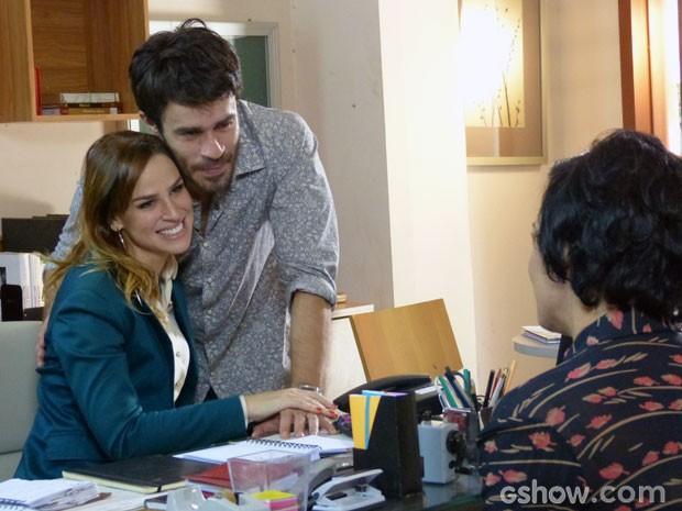 Que lindo! Eles vão adotar dois meninos (Foto: Malhação/ TV Globo)