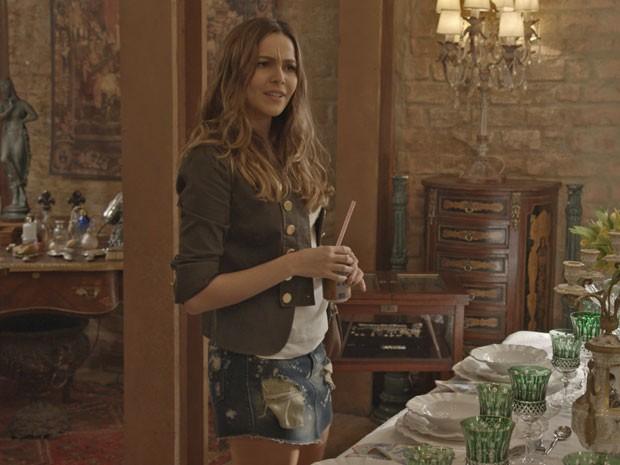 Cris se faz de sonsa com Regina (Foto: TV Globo)