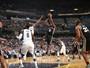Spurs derrubam Grizzlies fora de casa e ficam a um passo de fechar a série