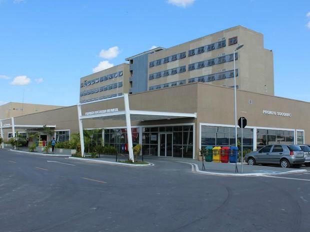 Hospital Delphina Rinaldi Abdel Aziz fica localizado na Zona Norte de Manaus (Foto: Divulgação/MPC-AM)