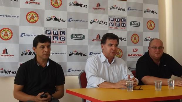 Estevam Soares técnico Atlético Sorocaba (Foto: Marcus Vinícius Souza/GloboEsporte.com)