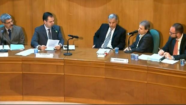 Paraná TV: CPI da Petrobras ouve investigados no Paraná (Foto:  Reprodução/RPC)