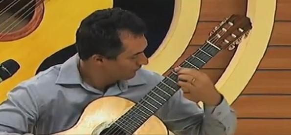 Marcelo Fernandes abrilhantou o Meu MS com a sua melodia instrumental (Foto: TVMO)
