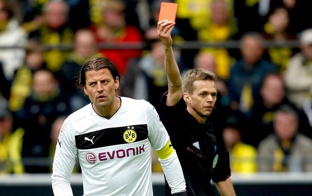 Roman Weidenfeller goleiro Borussia Dortmund cartão vermelho (Foto: Reuters)
