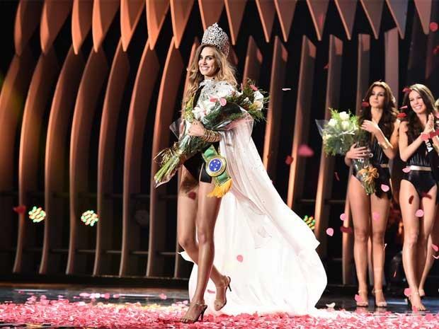 A gaúcha Marthina Brandt, de 23 anos, foi eleita Miss Brasil 2015 (Foto: Lucas Ismael / Band / Divulgação)