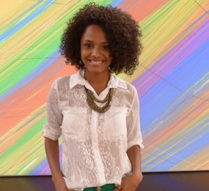 Jéssica Ellen comenta semelhança com Taís Araújo (Foto: Encontro com Fátima Bernardes/ TV Globo)