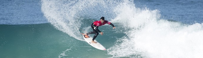 Gabriel Medina em ação nas quartas de final de J-Bay no Mundial de Surfe (Foto:  WSL / Tostee)