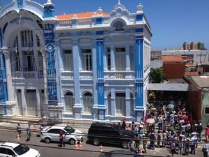 Sede Prefeitura de Natal foi ocupada por servidores em greve (Foto: Hayssa Pacheco)