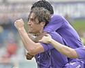 Fiorentina vence, rebaixa Palermo e põe pressão no Milan por Champions