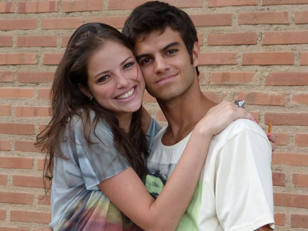 Eles têm tudo a ver, não? O casal está dando um show de interpretação e fofura (Foto: Malhação / Tv Globo)