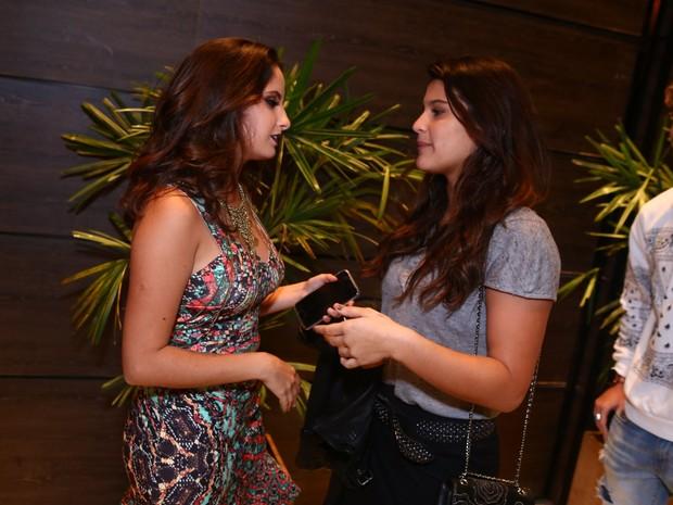 Amanda Godoi e Giulia Costa em festa na Zona Oeste do Rio (Foto: Raphael Mesquita/ Divulgação)