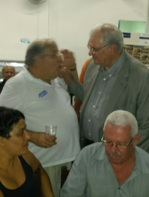 Presidente Gilvan de Pinho Tavares na Confraria San Sebastian do Cruzeiro  (Foto: Marco Antônio Astoni)