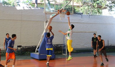 Treino da seleção masculina sub-15 de basquete (Foto: Hélder Rafael)