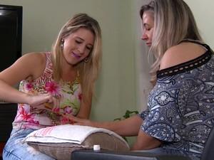 Incrementar perfil profissional é alternativa para obter sucesso no setor da beleza (Foto: Reprodução EPTV)
