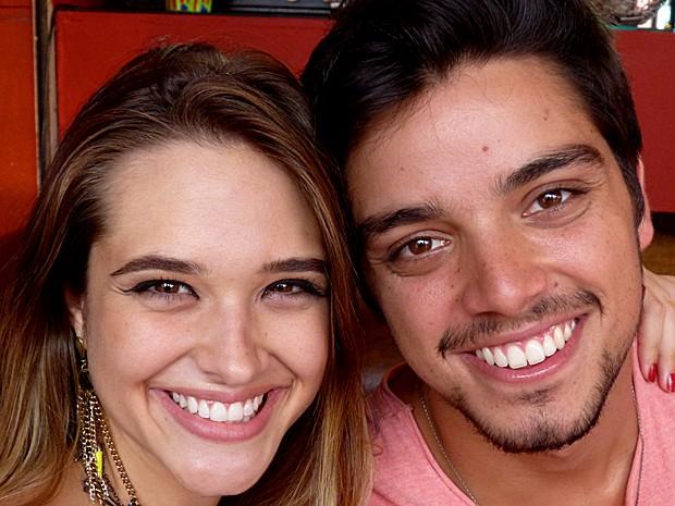 Juliana Paiva e Rodrigo Simas viraram grandes amigos (Foto: Malhação / TV Globo)